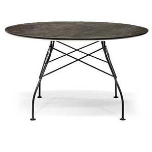 Rundt spisebord fra Kartell med marmorfinish